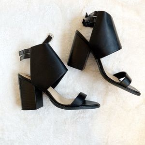 FOREVER 21 Chunky Heels with Thick Ankle Strap